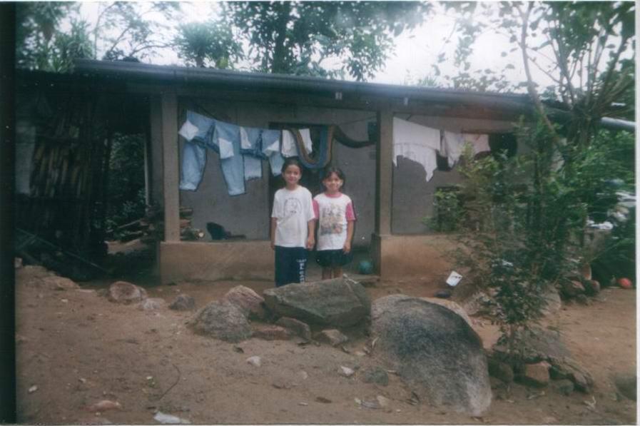 sorelle Brenda e Silvia Lorena Veliz Rodriguez